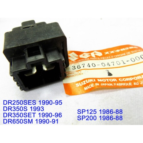 suzuki dr250 dr350 dr650 fuse box assy sp125 sp200 fuse holder 36740suzuki dr250 dr350 dr650 fuse box assy sp125 sp200 fuse holder 36740 04701