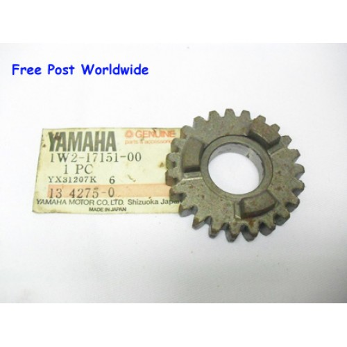 Yamaha DT125 DT175 IT125 IT175 Transmission Gear 1W2-15715-00