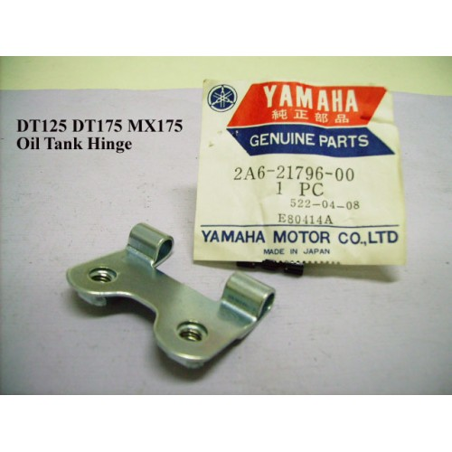 Yamaha DT125 DT175 Oil Tank Hinge 2A6-21796-00 free post