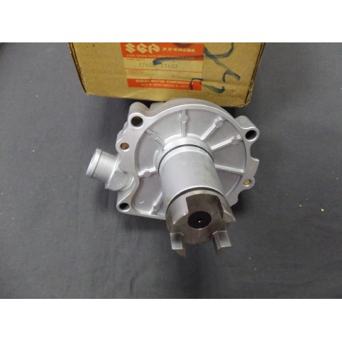 Suzuki GSX-R400 Water Pump Assy 17400-33403 Free post