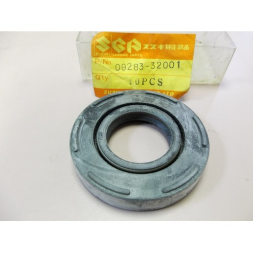 Suzuki GT250 T250 T350 Crankshaft Oil Seal 09283-32001
