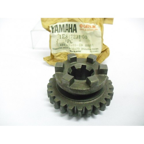 Yamaha RD200 RD200DX Transmission Gear 3rd Wheel 1E8-17231-00 free post