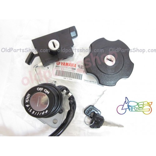 Yamaha RD125LC RD250LC RD350LC Main Key Set NOS Switch + Seat Lock + Tank Cap + Keys 4L0- free post