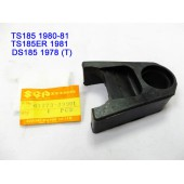 Suzuki DS185 TS185 Swing Arm Seal Guard REAR ARM Rubber Seal Chain Buffer 61273-29901 free post