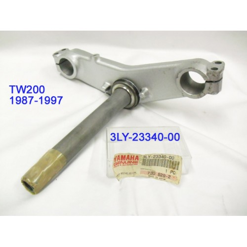 Yamaha TW200 Sterring Stem Under Bracket 3LY-23340-00